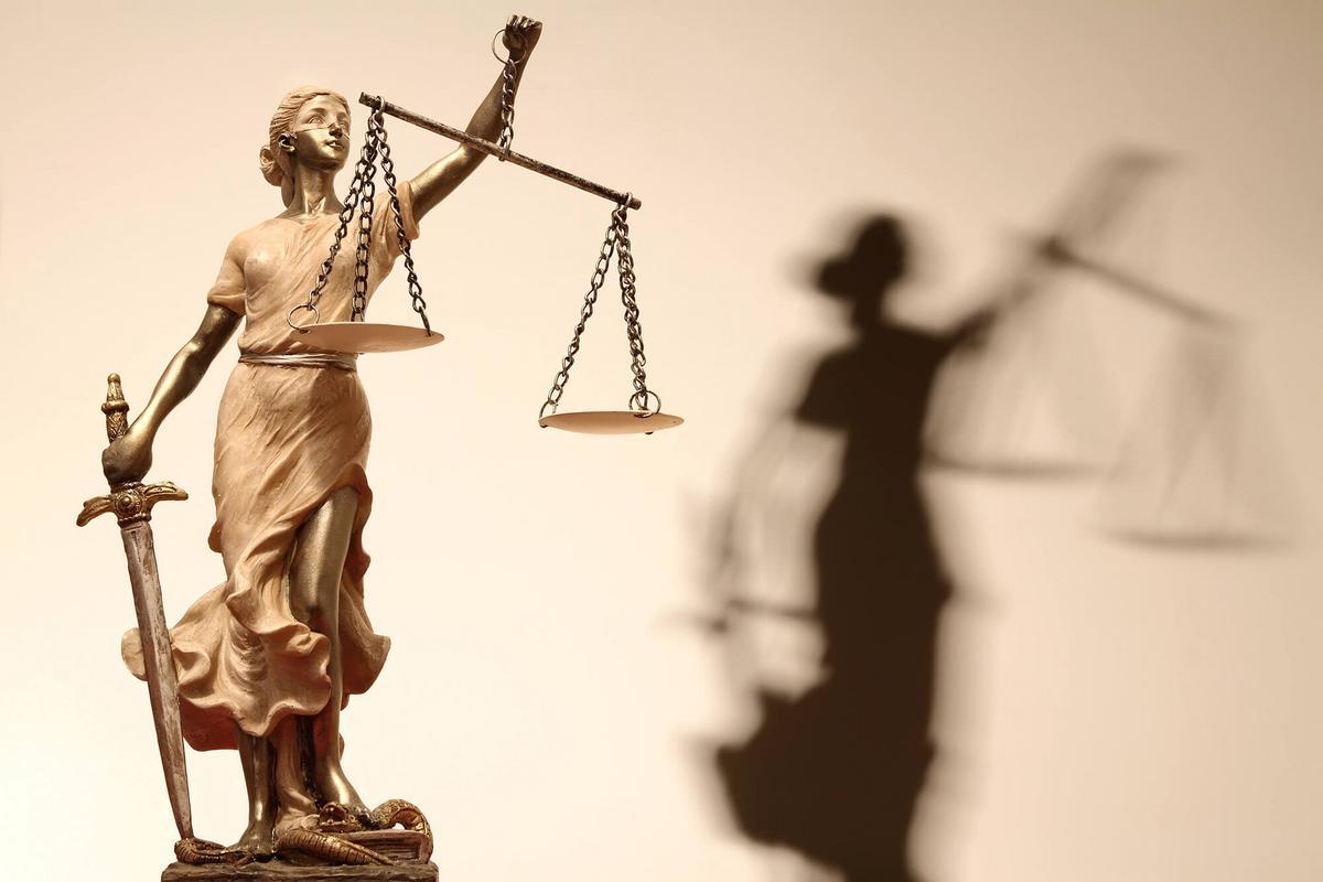 Licenciement - signe d'appartenance religieuse - Règlement intérieur et exigence professionnelle essentielle et déterminante